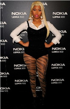 Corset For Minaj? - 10 April 2012